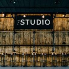 Entertainment & facilities
